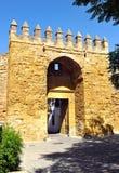 Puerta de Almodovar, paredes medievales de Córdoba, España Fotos de archivo