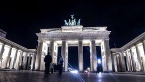 Puerta de Brandenburgo en Berlín, Alemania almacen de video