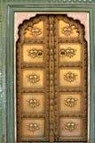 Puerta de bronce en la India Fotografía de archivo libre de regalías