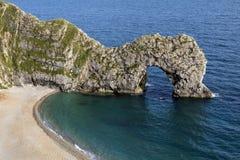 Puerta de Durdle - costa jurásica - Dorset - Reino Unido foto de archivo