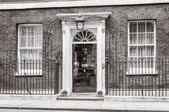 Puerta de entrada de 10 Downing Street en Londres Fotografía de archivo