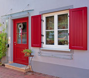 Puerta de entrada a un hogar residencial Imagen de archivo libre de regalías