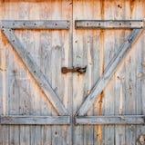 Puerta de granero Fotos de archivo libres de regalías