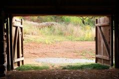 Puerta de granero Foto de archivo libre de regalías
