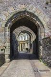 Puerta de la barbacana en el castillo de Lewes Imágenes de archivo libres de regalías