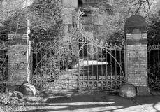 Puerta de la casa de cazadores, Jelenia Gora, Polonia Imágenes de archivo libres de regalías