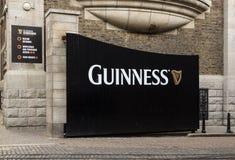 Puerta de la cervecería de Guinness, Dublín Imágenes de archivo libres de regalías