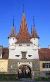 Puerta de la ciudad de Brasov Fotos de archivo libres de regalías