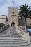 Puerta de la ciudad de Korcula en Croacia Fotos de archivo libres de regalías