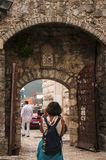 Puerta de la ciudad vieja imagen de archivo libre de regalías