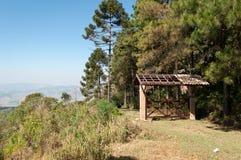 Puerta de la entrada en la montaña Imágenes de archivo libres de regalías