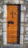 Puerta de la iglesia Fotos de archivo libres de regalías