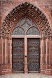 Puerta de la iglesia de Basilea Munster Fotos de archivo libres de regalías