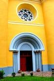 Puerta de la iglesia fortificada medieval en Cristian, Transilvania Foto de archivo