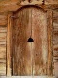 Puerta de madera Imagen de archivo libre de regalías