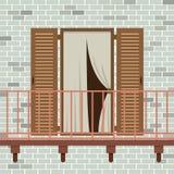Puerta de madera abierta con el balcón Imágenes de archivo libres de regalías