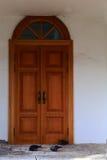 Puerta de madera antigua en el centro histórico de Moscú Rusia Foto de archivo