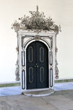Puerta de madera antigua en el palacio de Topkapi del harem Fotos de archivo