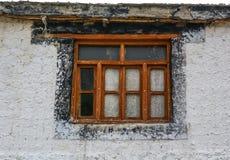 Puerta de madera del templo antiguo fotos de archivo libres de regalías