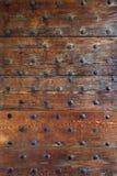Puerta de madera gótica foto de archivo
