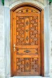 Puerta de madera histórica vieja Imagen de archivo libre de regalías