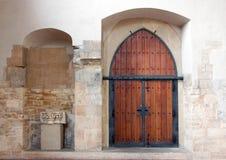 Puerta de madera llana Fotos de archivo libres de regalías