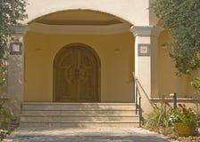 Puerta de madera moderna Imagen de archivo libre de regalías