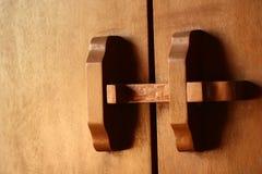 Puerta de madera, Tailandia Foto de archivo libre de regalías