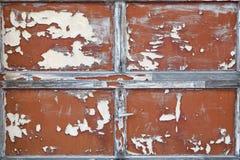 Puerta de madera vieja del garage Imagenes de archivo