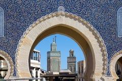 Puerta de Medina en Fes fotos de archivo
