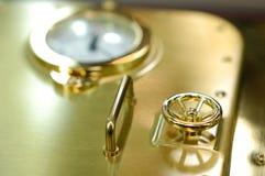 Puerta de oro abstracta de la cámara acorazada Fotos de archivo