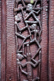 Puerta de talla de madera fotografía de archivo libre de regalías