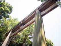 """Puerta de Torii en Meiji JingÅ """"Srine, Tokio, Japón fotografía de archivo libre de regalías"""