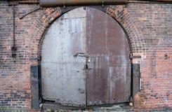 Puerta de un almacén viejo en Nueva York Imagen de archivo