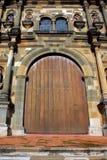 Puerta de una catedral en Panama City Imagen de archivo
