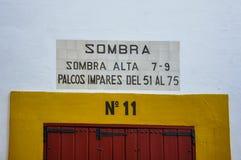 Puerta de una plaza de toros en Sevilla, España Fotos de archivo libres de regalías