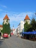 Puerta de Viru, entrada a la ciudad vieja en Tallin, Estonia Imágenes de archivo libres de regalías