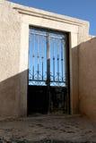 Puerta decorativa de la parrilla del hierro Imágenes de archivo libres de regalías
