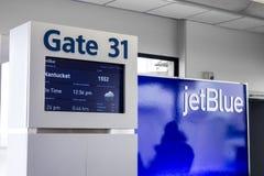 Puerta del aeropuerto de JetBlue imágenes de archivo libres de regalías