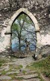 Puerta del castillo Imagen de archivo libre de regalías