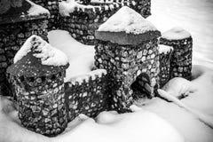 Puerta del castillo de piedra Imagen de archivo libre de regalías