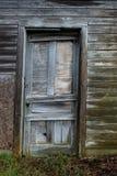 Puerta del cortijo de la granja lechera de Wisconsin imagenes de archivo