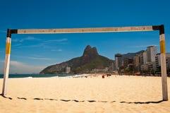 Puerta del fútbol en la playa de Ipanema Imagen de archivo libre de regalías