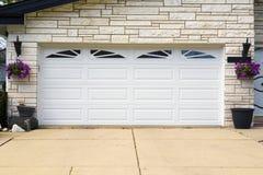 Puerta del garaje Fotografía de archivo