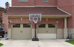 Puerta del garaje imagen de archivo