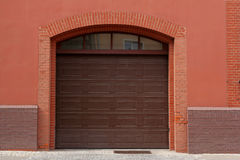 Puerta del garaje Fotografía de archivo libre de regalías