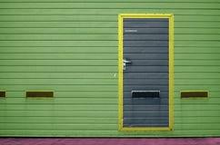 Puerta del garaje como fondo Imagen de archivo