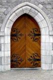 Puerta del mantiene del castillo Foto de archivo libre de regalías