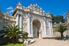Puerta del palacio de Dolma Bahche Fotografía de archivo