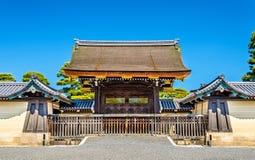 Puerta del palacio imperial de Kyoto-gosho Imagen de archivo libre de regalías